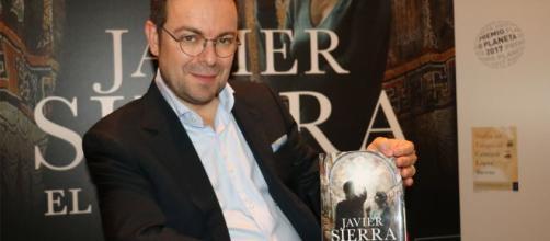 El fuego invisible de Javier Sierra | Pasion De La Lectura - wordpress.com
