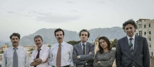 Il cast de Il cacciatore 2 con Francesco Montanari