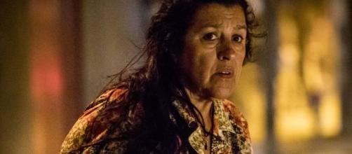 'Amor de Mãe': Lurdes irá virar aliada de bandidos. (Arquivo Blasting News)