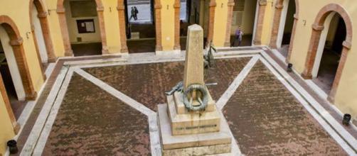 Emanuele Castrucci posta opinioni antisemite: provvedimenti da parte dell'Università di Siena per cui lavora