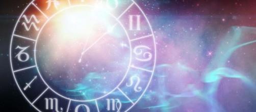 L'oroscopo del 2020 per i nativi Leone, Vergine, Bilancia e Scorpione