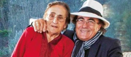 Albano ha dedicato alla mamma Jolanda, scomparsa a 96 anni lo scorso 10 dicembre, una lettera d'amore