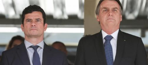 Bolsonaro volta a desconfiar de Moro. (Arquivo Blasting News)