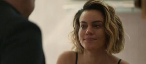 """Estela (Letícia Lima) vai preparar uma cilada para Raul (Murilo Benício) nos próximos capítulos de """"Amor de Mãe"""". (Reprodução/TV Globo)"""