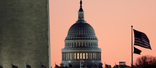 La Cámara de Representantes aprueba el tratado comercial T-MEC. - univision.com