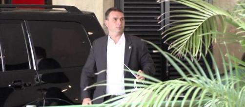 MP do Rio descreve esquema de 'rachadinha' no gabinete de Flávio Bolsonaro. (Reprodução/TV Globo)