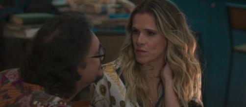Silvana (Ingrid Guimarães) não terá mais como manter a farsa de sua gravidez para Mario (Lucio Mauro Filho). (Reprodução/TV Globo)