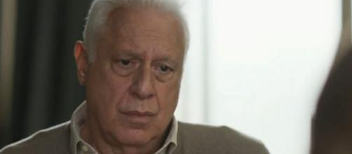 """Alberto (Antonio Fagundes) descobrirá que sua doença está num estágio ainda pior em """"Bom Sucesso"""". (Reprodução/TV Globo)"""