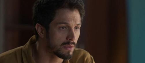 Marcos (Romulo Estrela) será alertado de que Paloma (Grazi Massafera) está jurada de morte. (Reprodução/TV Globo)