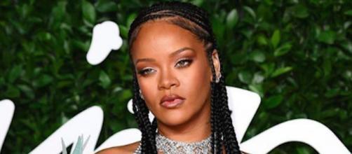 Rihanna pourrait sortir un nouvel album avant la fin de l'année. Credit: Instagram/ Badgalriri