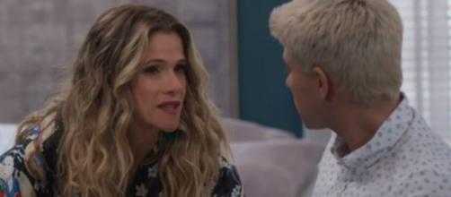 Silvana (Ingrid Guimarães) ficará irada quando Willian (Diego Montez) a chamar por seu verdadeiro nome. (Reprodução/TV Globo)