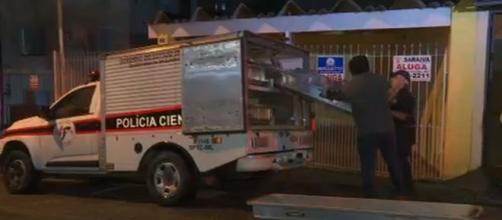 Perícia acredita que vítimas foram mortas no final de semana. (Reprodução/TV Globo)