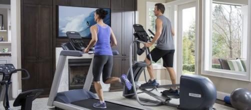 Los gimnasios en casa, una excelente opción para quienes prefieren la tranquilidad del hogar. - precor.com