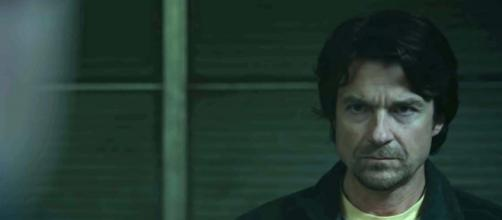 """Jason Bateman plays the role of Terry Maitland in """"The Outsider"""" [Image HBO/YouTube]"""