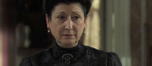 Una Vita, trame Spagna: Ursula muore dopo aver mostrato segni di pazzia