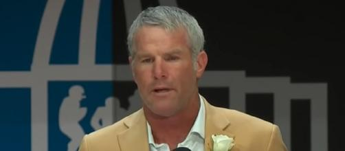 Favre said Brady's age has nothing to do with his struggles (Image Credit: NFL/YouTube)
