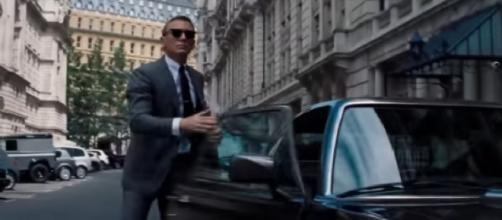 James Bond 007 No Time To Die official teaser trailer (2020). [Image source/Movie Trailers Source YouTube video]