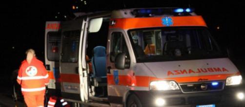 Pozzuoli, 15enne prende l'auto del padre e muore in un incidente