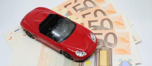 Risparmi Rc auto fino a mille euro a famiglia, la novità del Dl fisco