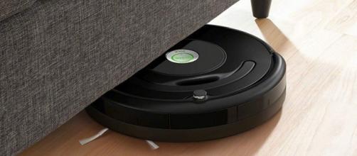 Roomba 671: pavimenti sempre puliti anche durante le feste di Natale.