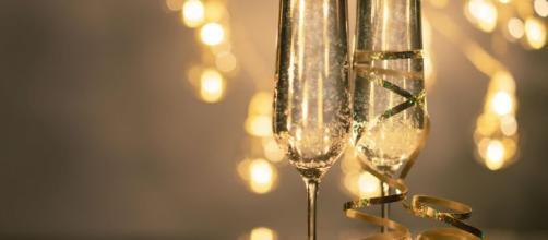 Auguri di buon anno: frasi divertenti e originali, ancor meglio se in rima