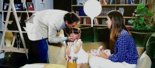 Nei prossimi episodi di Un posto al sole, la piccola Irene risentirà dei problemi tra Filippo e Serena.