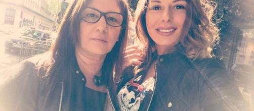 Sarah Lopez accompagnée de sa maman. Credit: Instagram