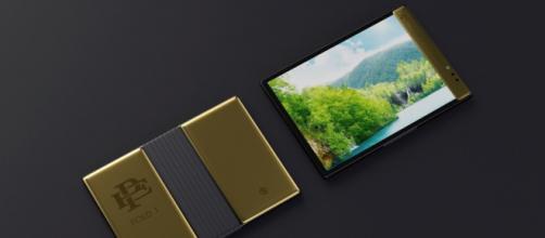 Escobar Fold 1 smartphone pieghevole