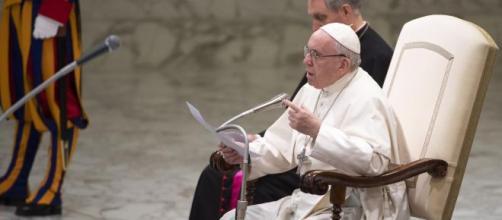 Il Papa nell'ultima udienza del 2019.