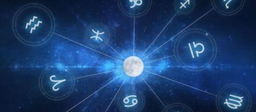 Previsioni oroscopo per la giornata di giovedì 5 dicembre 2019