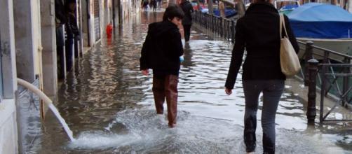 Acqua alta a Venezia, una delle situazioni in cui sono indicati gli stivali Wellington