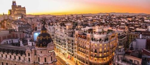 Madrid perdona 2 millones en impuestos a 45 de las mayores fortunas