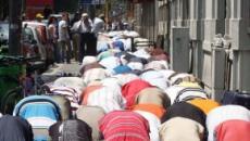 Corte Costituzionale boccia la 'legge anti-moschee' lombarda: 'Limita la libertà di culto'