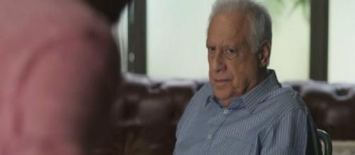 Alberto não se importará de cometer um crime para ajudar Paloma. (Reprodução/TV Globo)