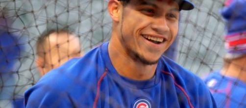 An image of Willson Contreras at batting practice. [image source: Arturo Pardavilla III- Wikimedia Commons]