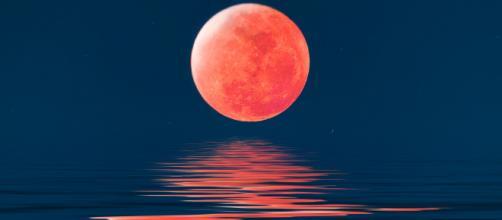 Oroscopo di domani 13 dicembre 2019   Astrologia, classifica stelline e previsioni: la Luna transita in Cancro