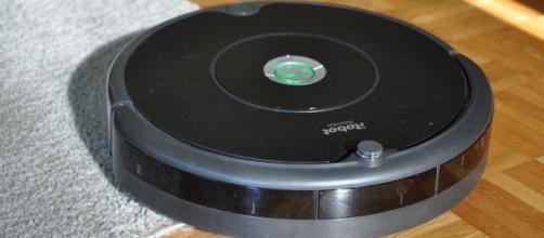 Roomba 606: la combo con Braava 390T può essere il regalo di Natale perfetto.