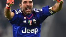 Buffon: 'Se oggi a 42 anni mi trovo alla Juve è per la scelta di restare anche in Serie B'
