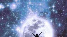 L'oroscopo di domani 8 dicembre: amore stellare per Cancro e Bilancia