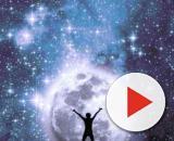 L'oroscopo dell'8 dicembre e classifica dei Segni: amore stellare per Cancro e Bilancia.