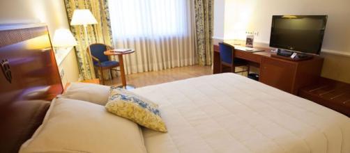 El control del aire y del ambiente en las habitaciones influye en la calidad del sueño. - hotelalfonsosoria.es