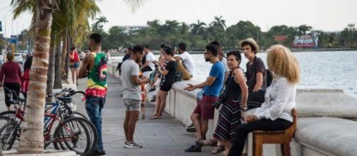 Ciudadanos de Cuba en una imagen de archivo.