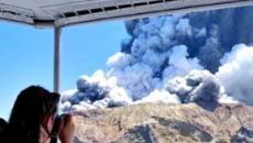 Nuova Zelenda, eruzione del vulcano Whakaari: almeno cinque morti, turisti dispersi