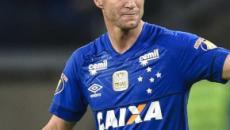 Após Cruzeiro ser rebaixado, Thiago Neves teria dado festa durante a noite toda