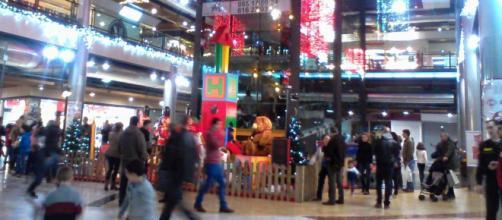 En Navidad los centros comerciales registrarán aumentos en sus ventas.