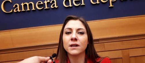 La deputata Pd anna Ascani attacca Lucia Borgonzoni della Lega