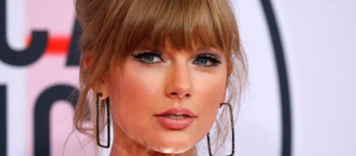 Primer plano de Taylor Swift's