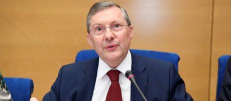"""Affaire Benalla : """"Il y a des zones d'ombres"""", juge Philippe Bas - rtl.fr"""