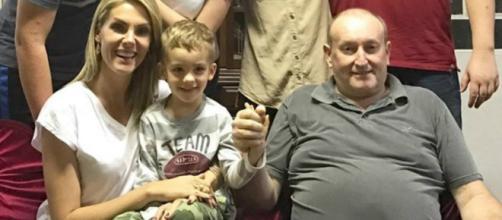 Ana Hickmann acompanhada do filho, Alexandre, e do pai, João. (Reprodução/Instagram)