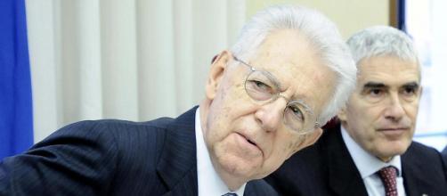 Mario Monti dà la colpa della recessione al governo attuale